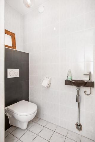 02-Toilet-01 (Klein)